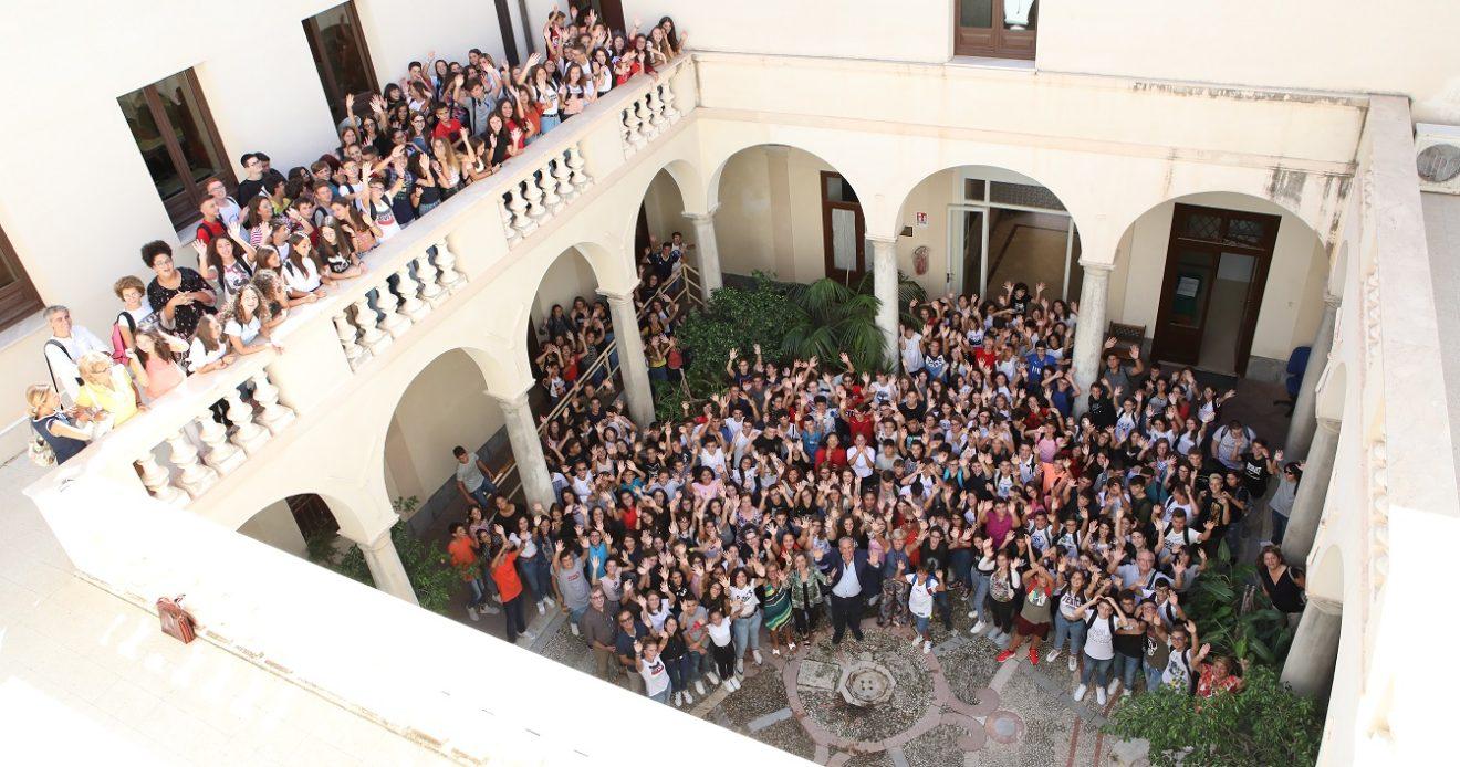 La Dirigente dell'UST di Trapani, dott.ssa Tiziana Catenazzo, visita il Liceo Fardella - Ximenes